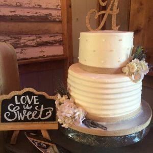 wedding cake love is swwet