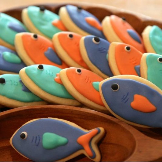 fish shaped cookies